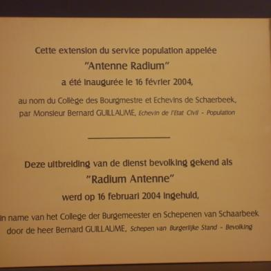 Plaque d'inauguration Schaerbeek 'Antenne Radium'